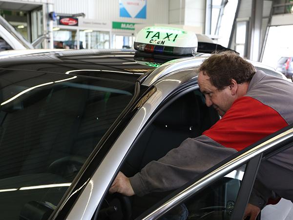 Installation des équipmements pour taxis